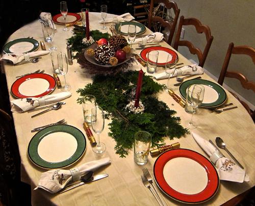 kaledu-senelis-sventinio-stalo-puosimas